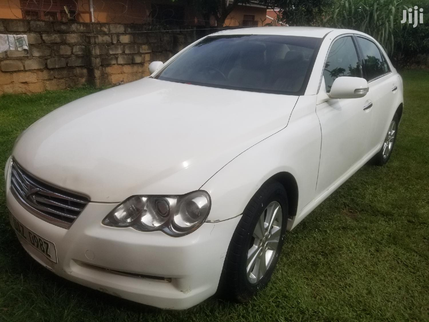 Archive: Toyota Mark X 2005 White