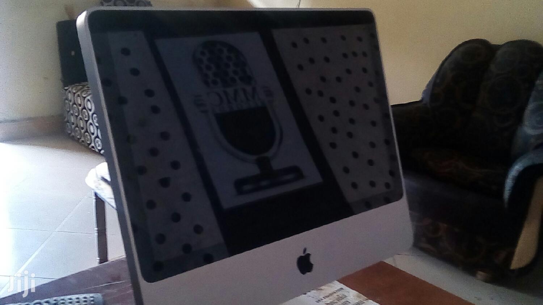 Desktop Computer Apple iMac 8GB Intel Core 2 Duo 320GB