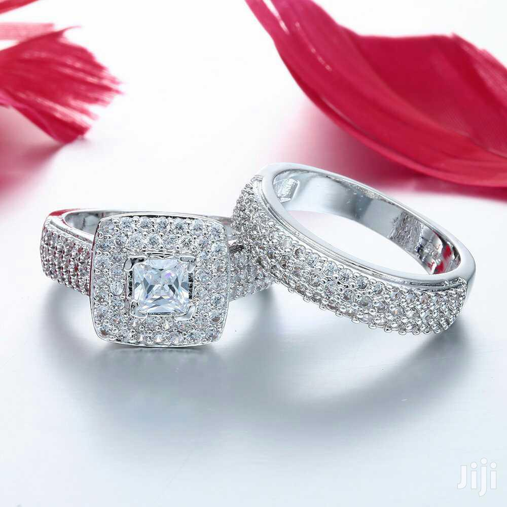 Luxurious Engagement Ring Sets