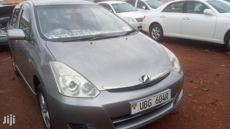 Archive: Toyota Wish 2007 Gray