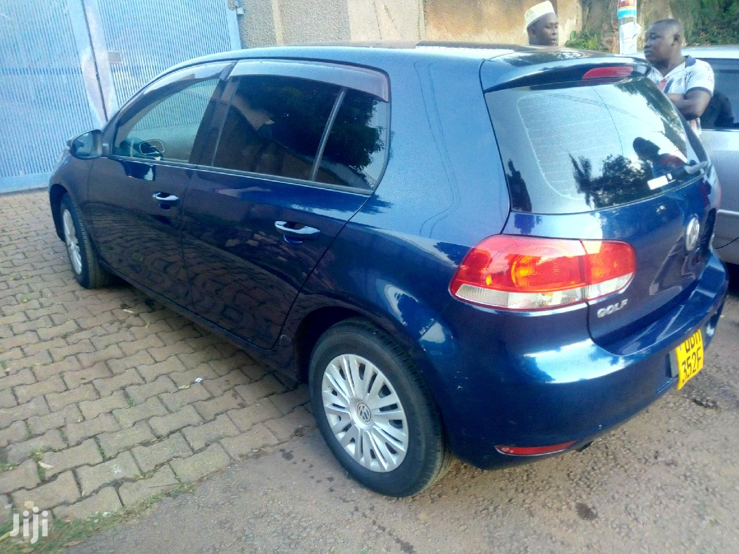 New Volkswagen Golf 2010 Blue