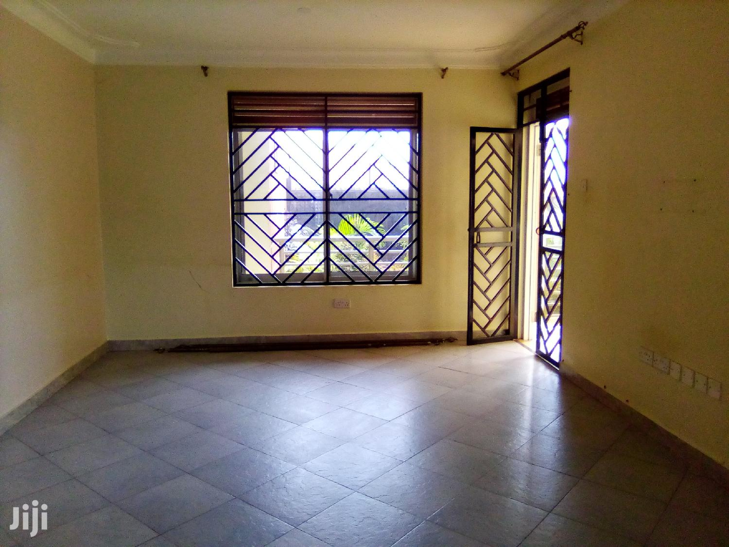 Kiwatule Awesome 2bedroom Apartment for Rent | Houses & Apartments For Rent for sale in Kampala, Central Region, Uganda