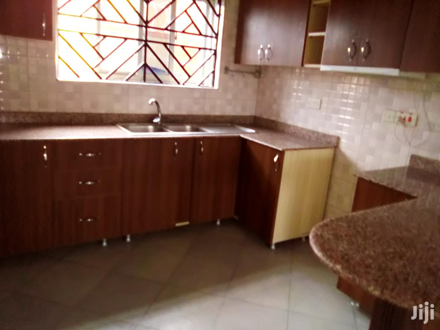 Kiwatule Awesome 2bedroom Apartment for Rent