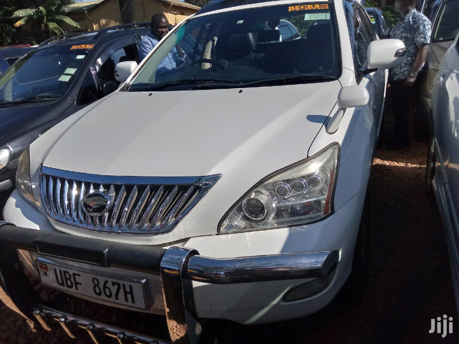 Toyota Harrier 2006 White