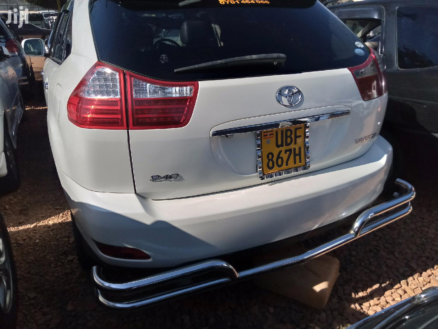 Toyota Harrier 2006 White | Cars for sale in Kampala, Central Region, Uganda