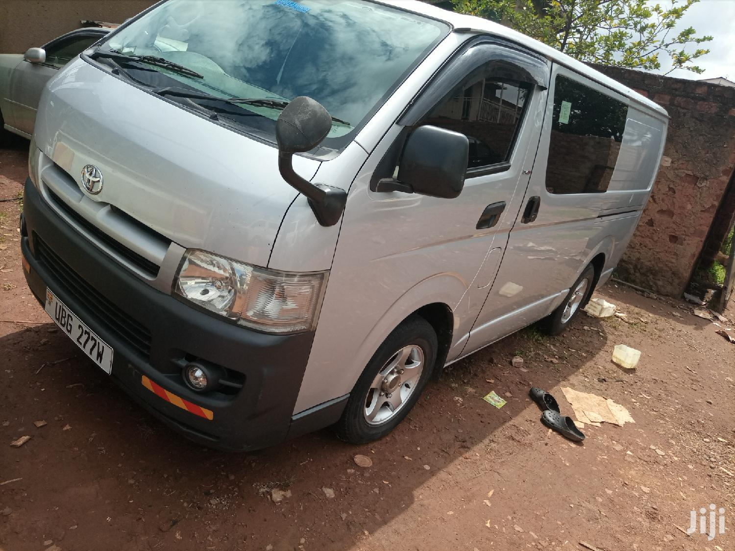 Archive: Toyota Hiace High Gear Drone