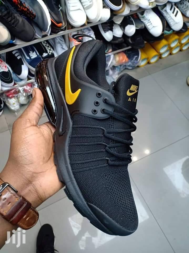 Shoe Stock