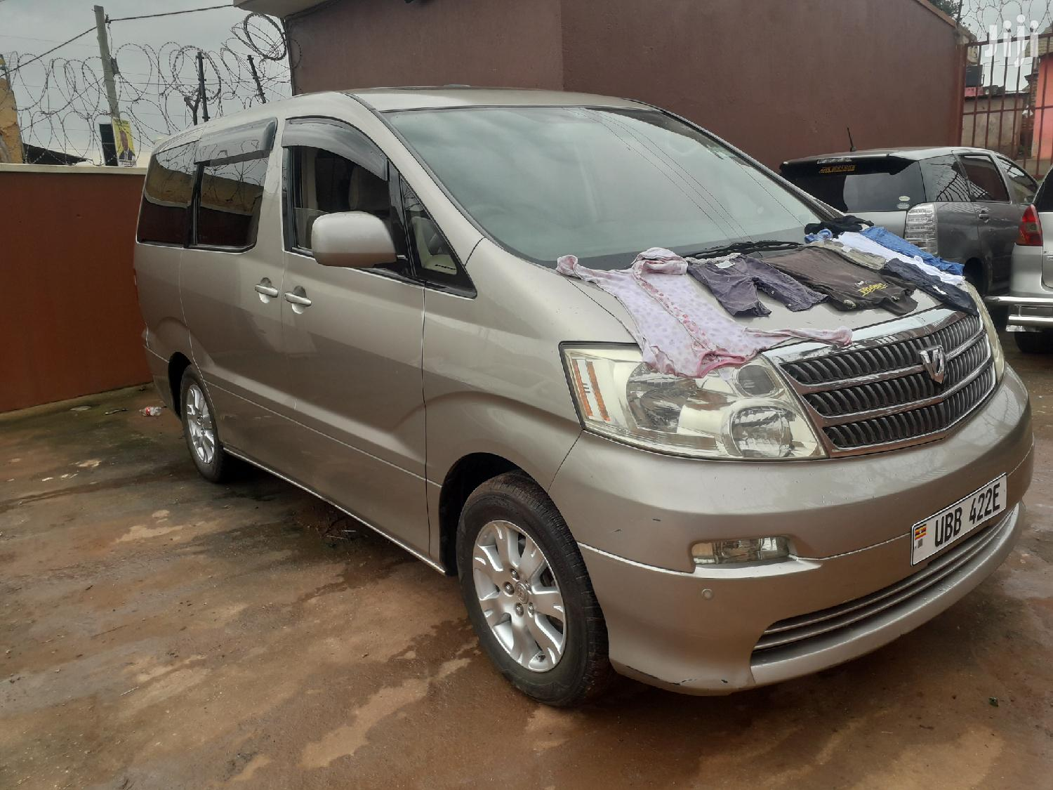 Archive: Toyota Alphard 2007 Silver