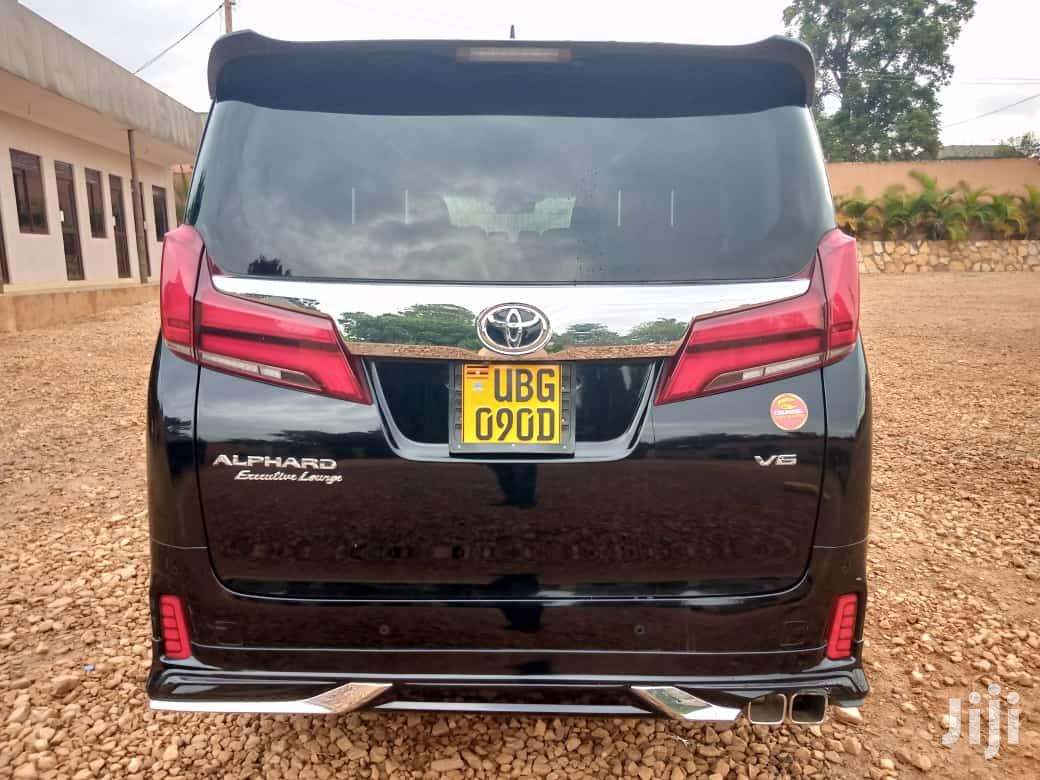 Archive: Toyota Alphard 2019 Black