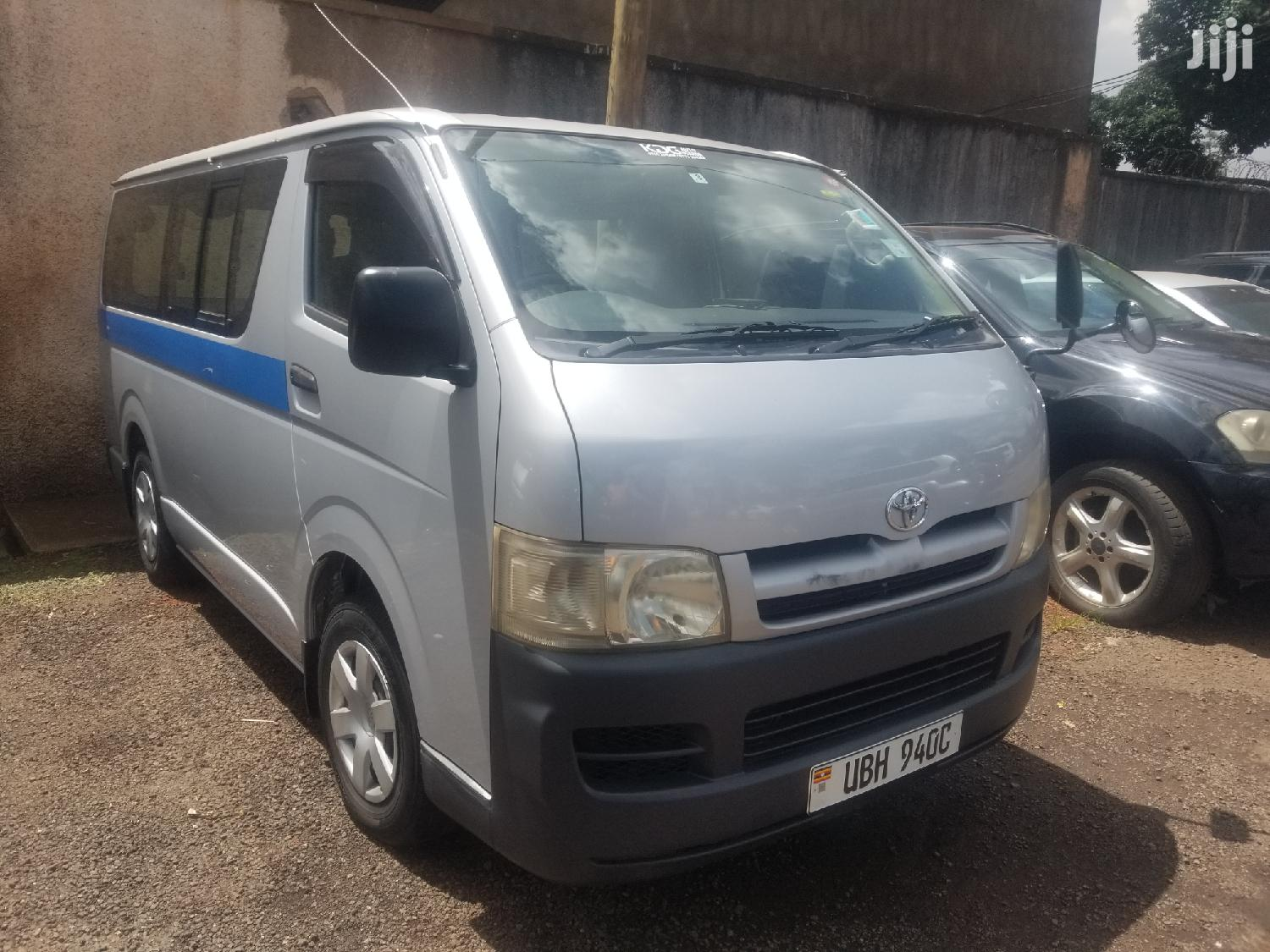 Toyota Hiace 2006 Silver | Buses & Microbuses for sale in Kampala, Central Region, Uganda