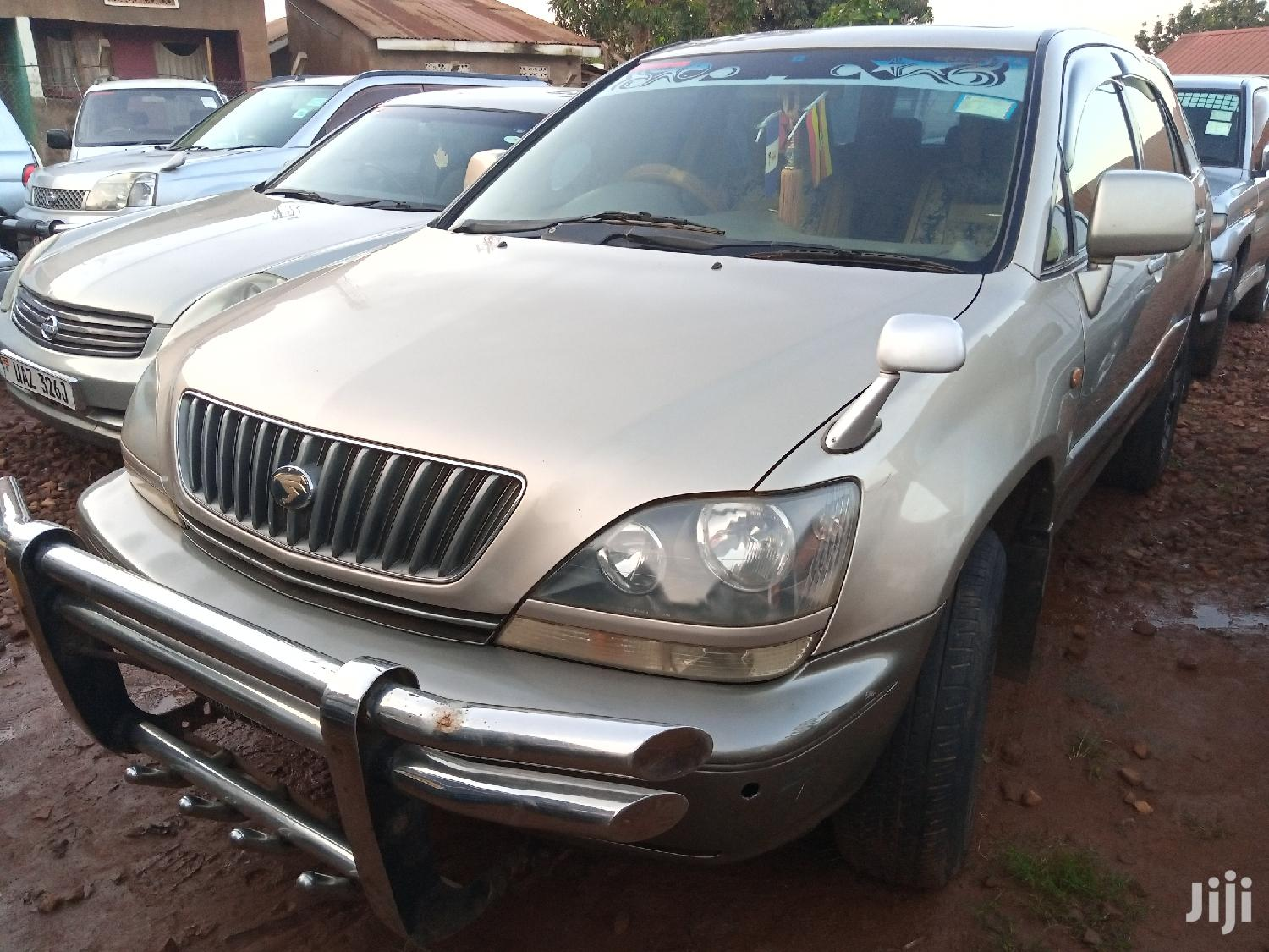 Toyota Harrier 2002 Gold