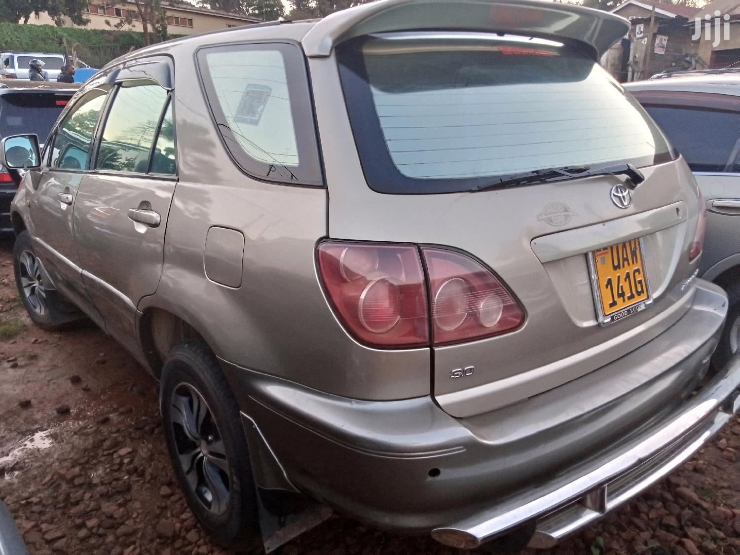 Toyota Harrier 2002 Gold | Cars for sale in Kampala, Central Region, Uganda