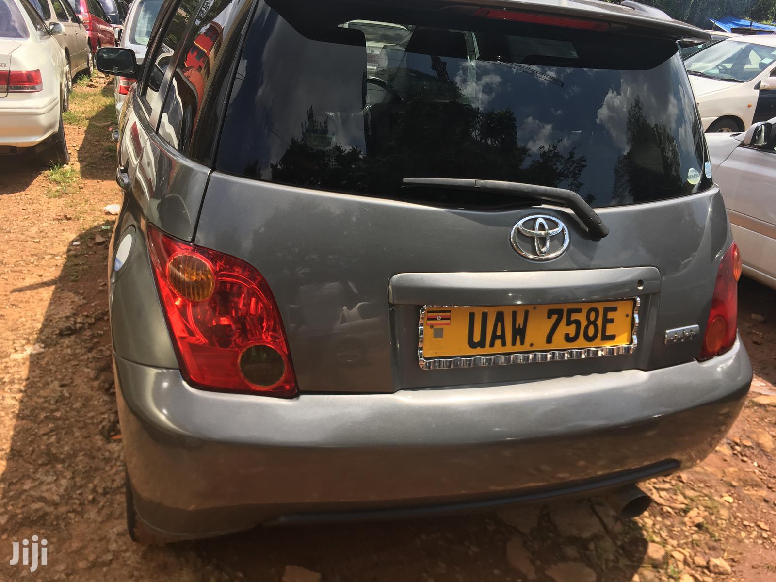 Toyota IST 2002 Gray | Cars for sale in Kampala, Central Region, Uganda