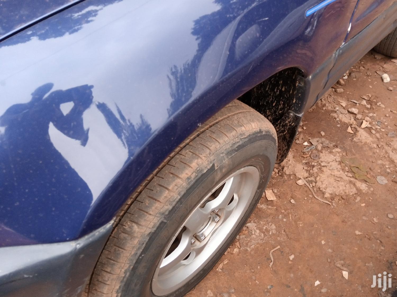 Archive: Toyota RAV4 1998 Blue