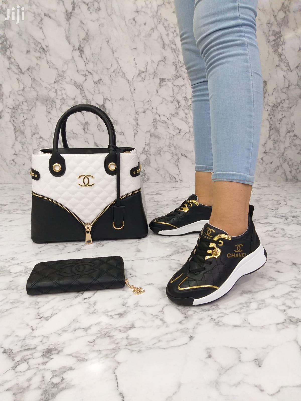 Archive: Classy Shoes And Bag For Ladies