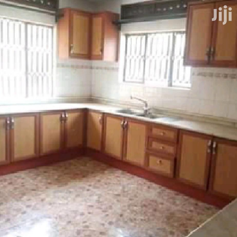 Muyenga Hot Cake 3 Bedrooms Apartment For Rent | Houses & Apartments For Rent for sale in Kampala, Central Region, Uganda