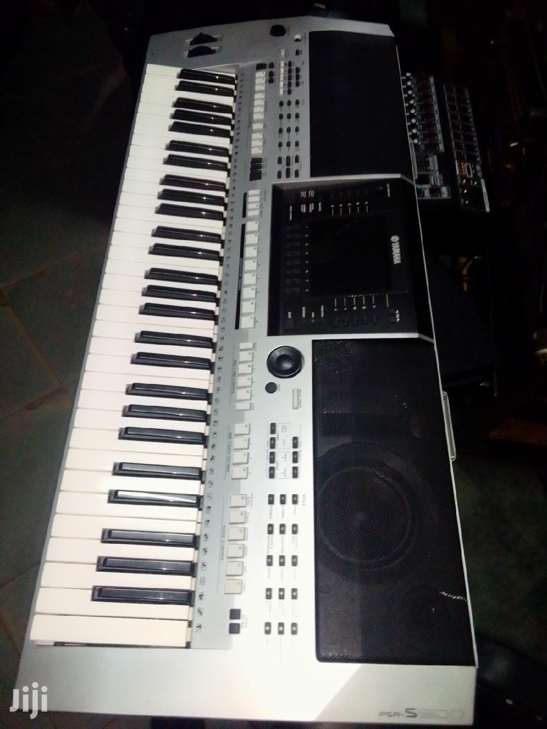 Keyboard Psr S9000 | Musical Instruments & Gear for sale in Kampala, Central Region, Uganda