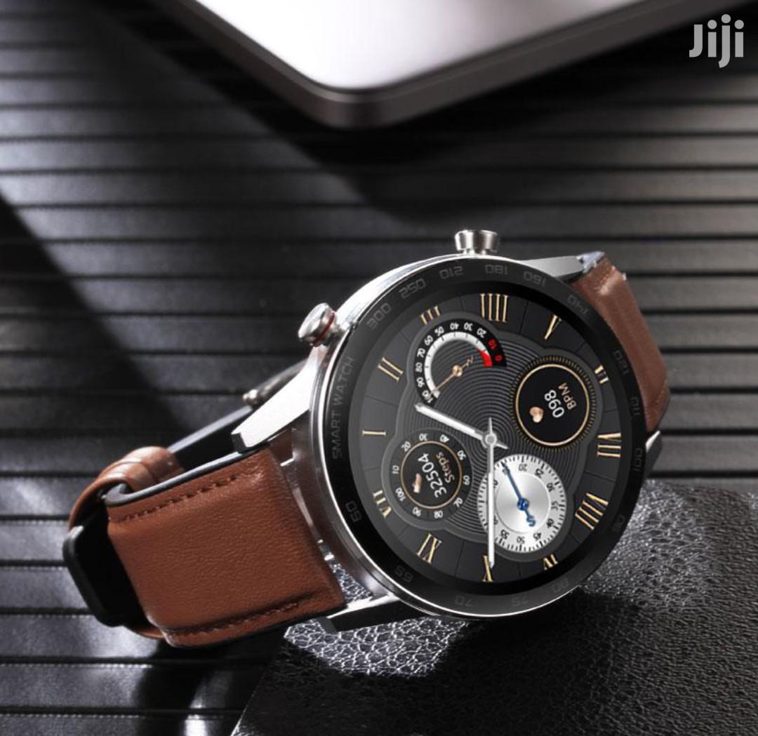 DT95 Smart Watch
