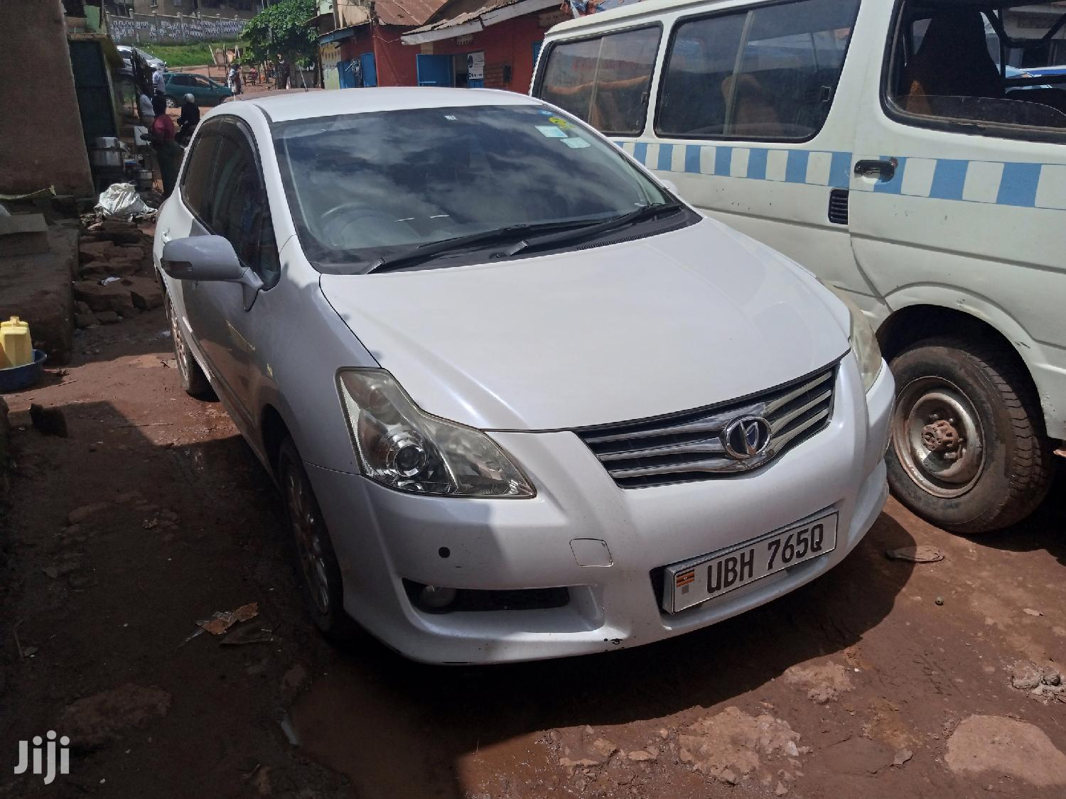 Archive: Toyota Blade 2007 White