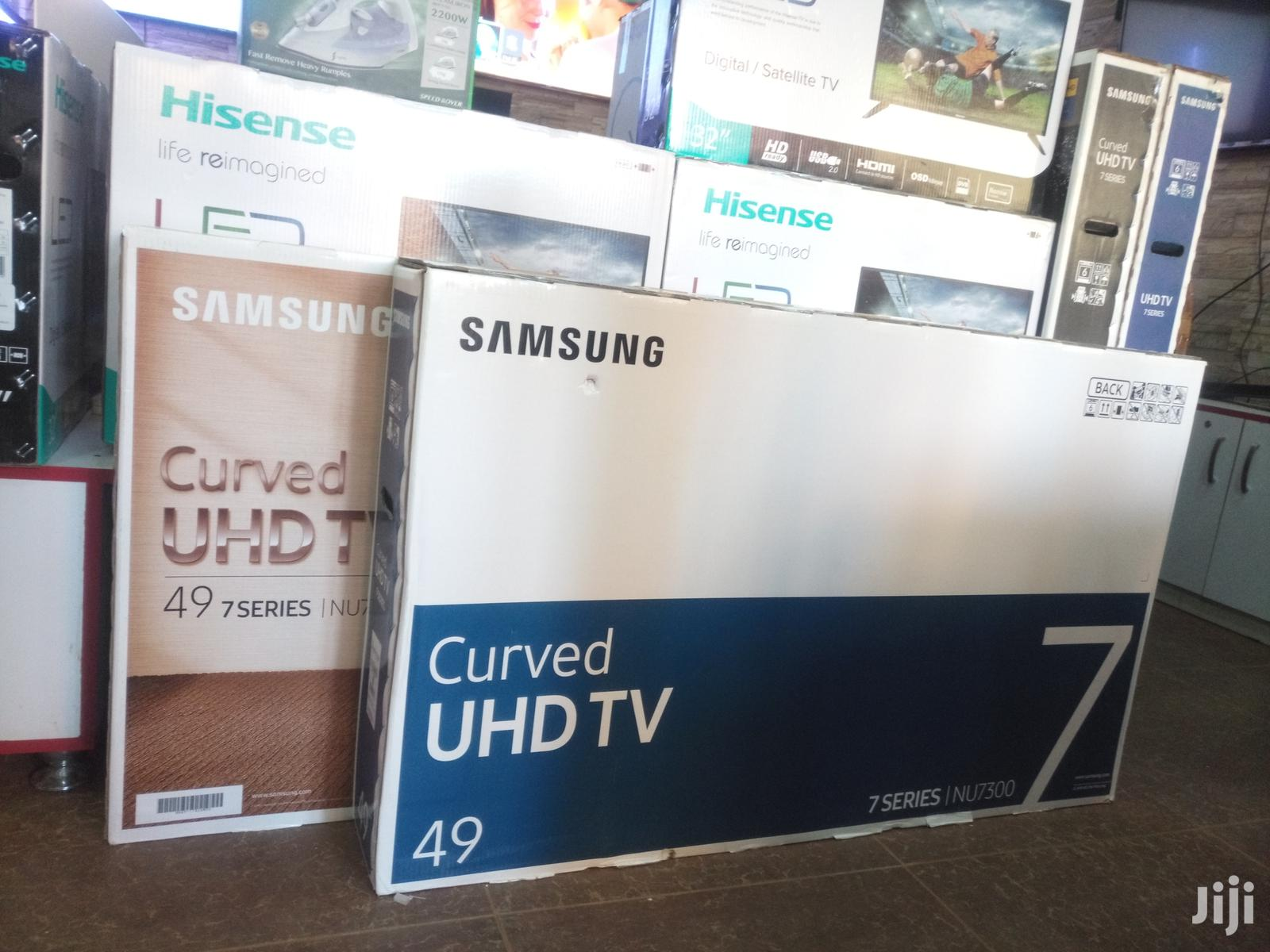 Curved UHD 4k 49 Inches Samsung Nu7300