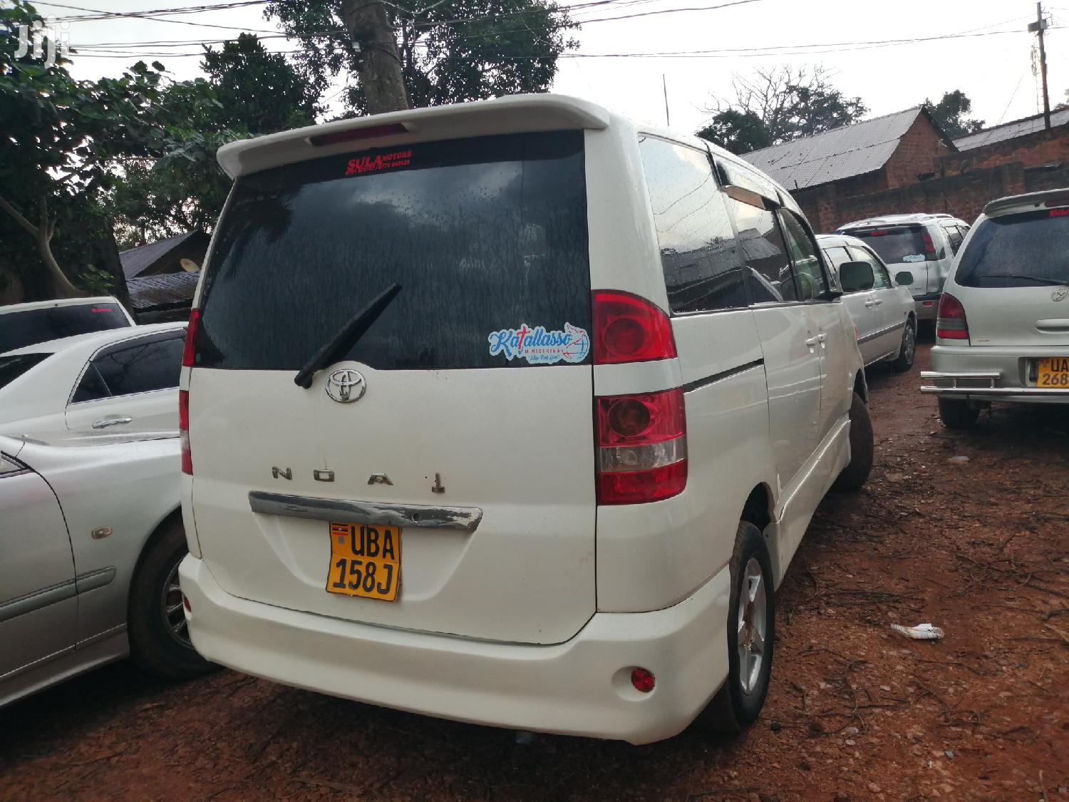 New Toyota Noah 2003 White | Cars for sale in Kampala, Central Region, Uganda