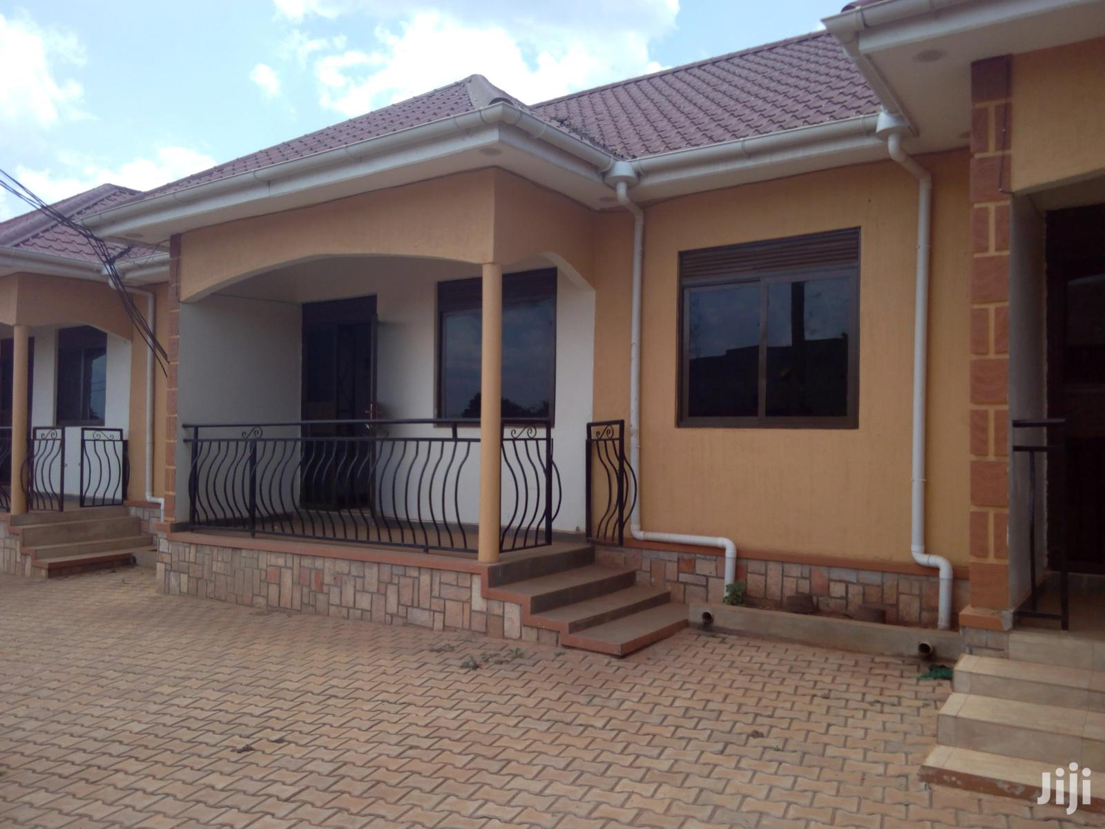 Kira Two Bedroom Two Toilets House For Rent