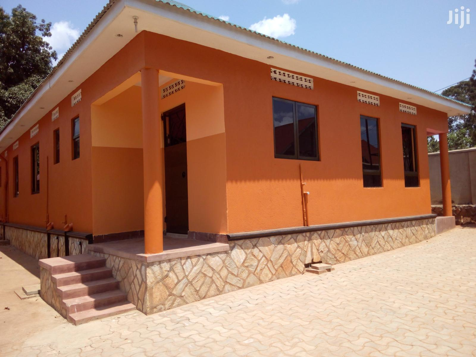 Kira New Self Contained Double Room House For Rent