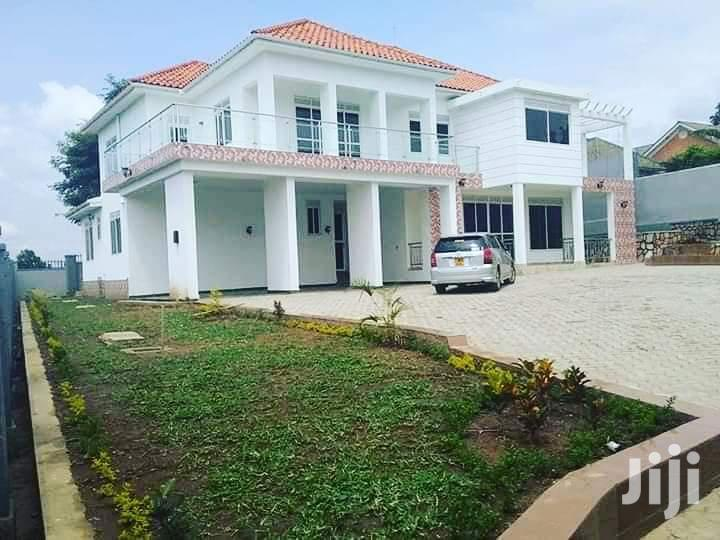 Five Bedrooms House Kyanja for Sale With Ready Title