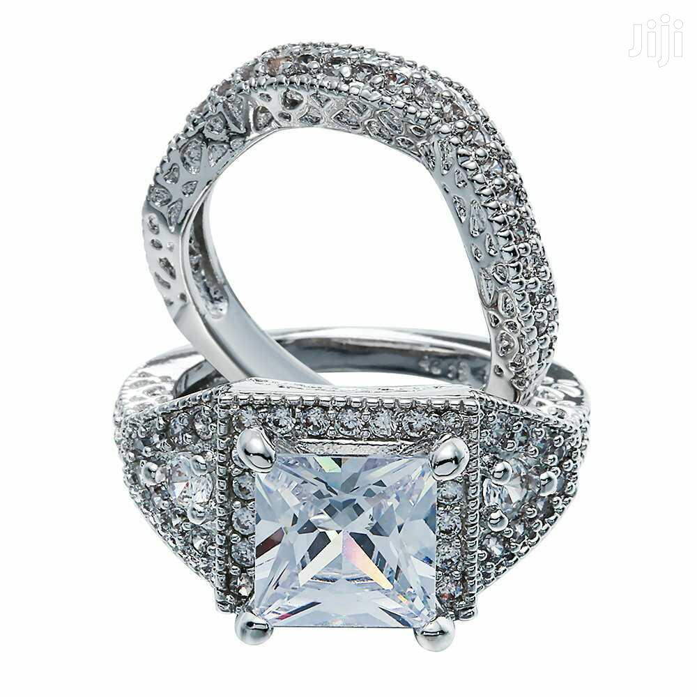 Luxe Engagement Rings