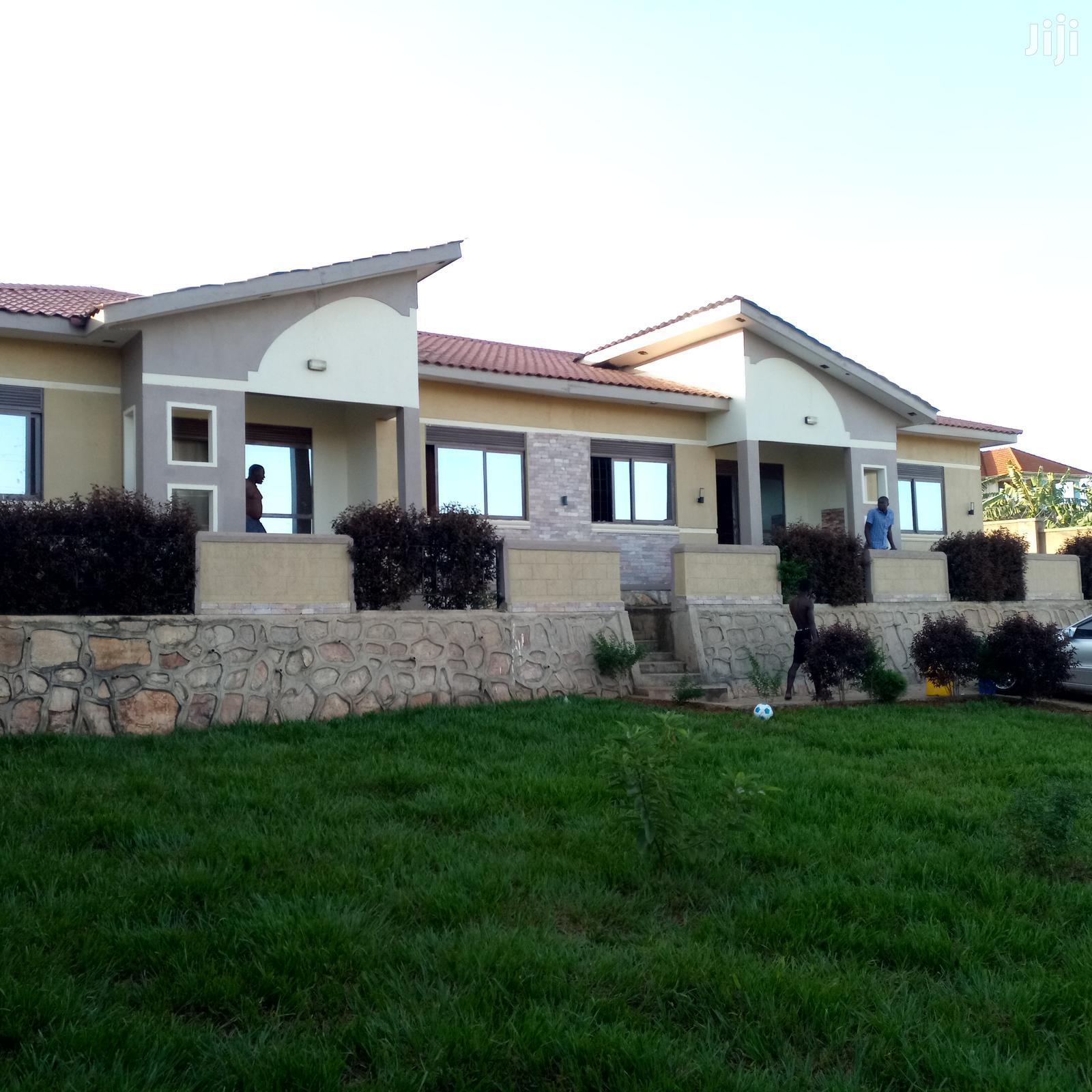 Kireka Namugongo Road Two Bedroom Two Toilets House For Rent