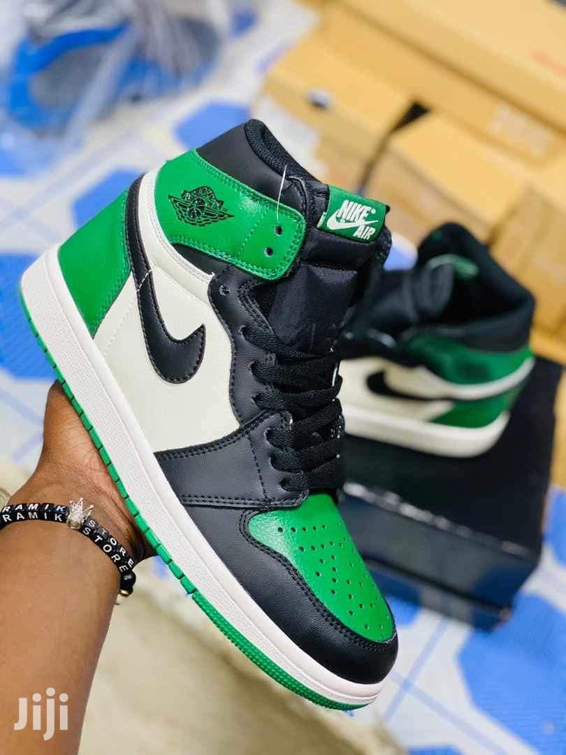 Air Jordan Kicks