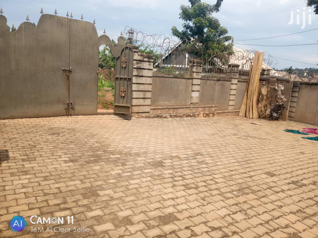 Three Bedrooms Boy's Quarter Mpererwe With Ready Land Title | Houses & Apartments For Sale for sale in Kampala, Central Region, Uganda
