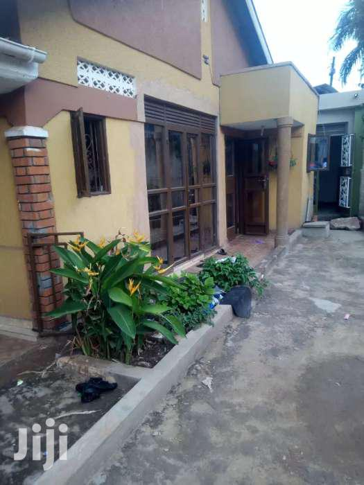 Superior Two Bedroom House For Rent In Mbuya On Mutungo Road | Houses & Apartments For Rent for sale in Kampala, Central Region, Uganda