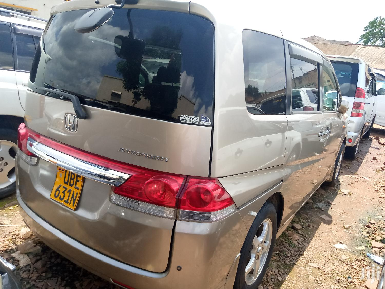 Honda Stepwgn 2005 Gold | Cars for sale in Kampala, Central Region, Uganda
