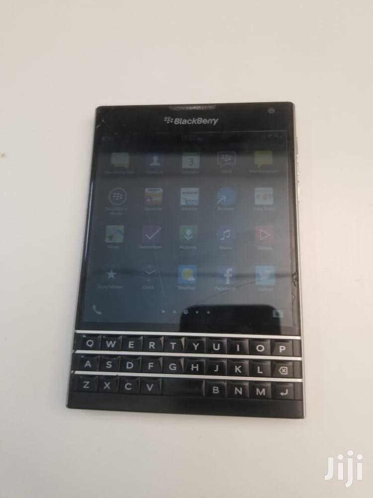 BlackBerry Passport 32 GB Black   Mobile Phones for sale in Kampala, Central Region, Uganda