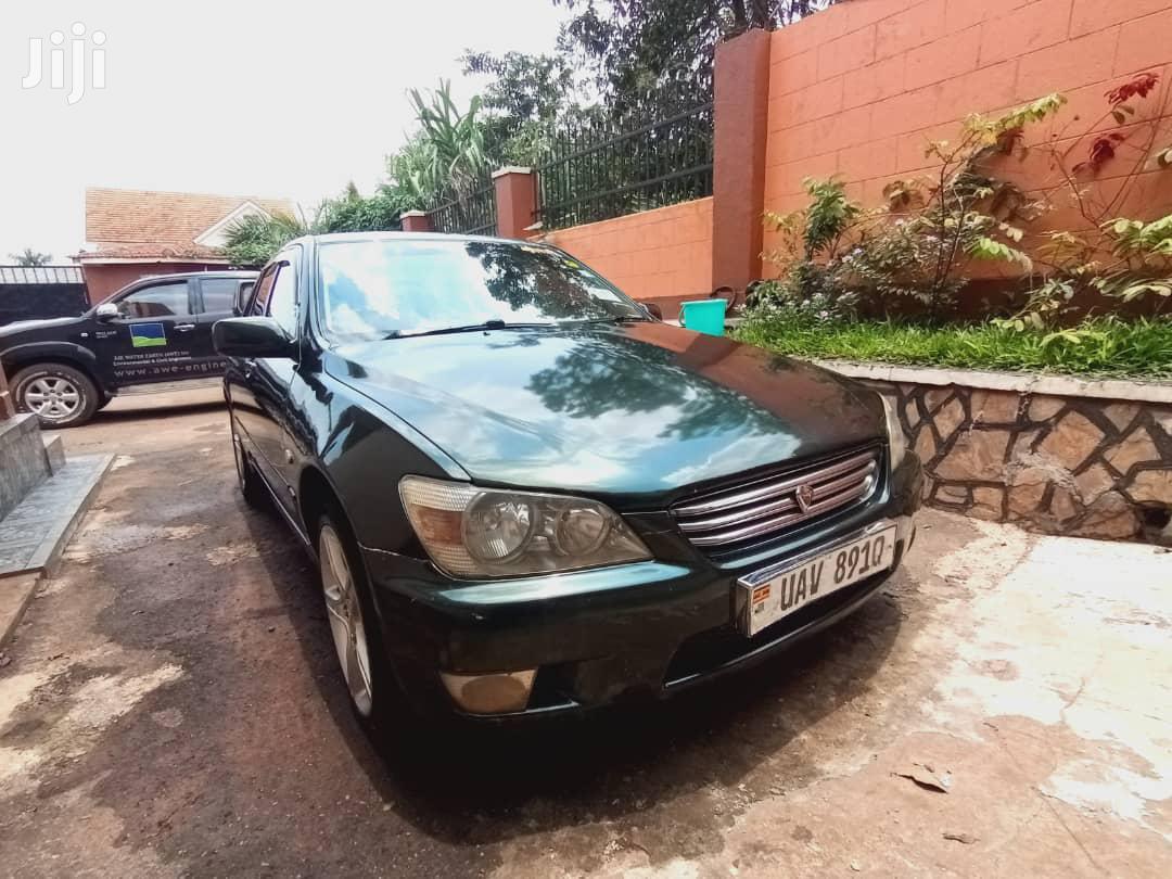 Toyota Altezza 2000 Green   Cars for sale in Kampala, Central Region, Uganda