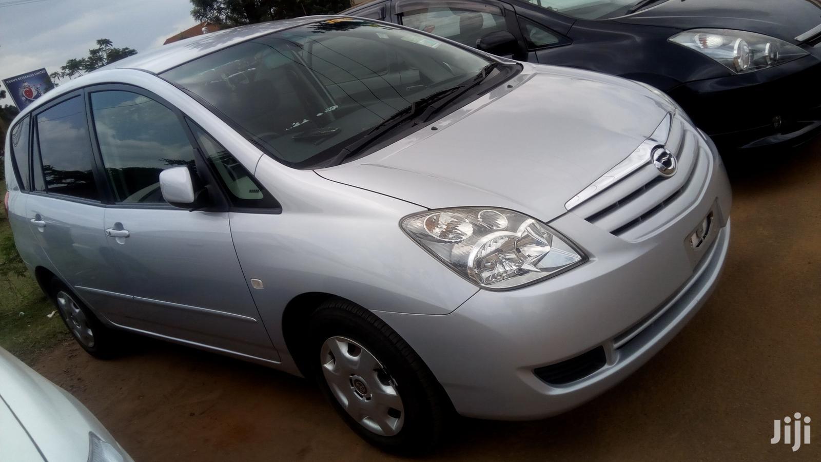Archive: New Toyota Spacio 2006 Silver
