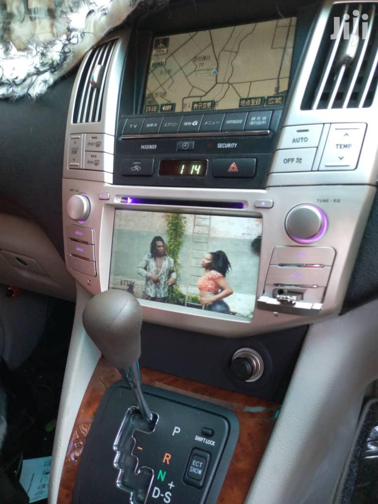 Toyota Harrier Radio