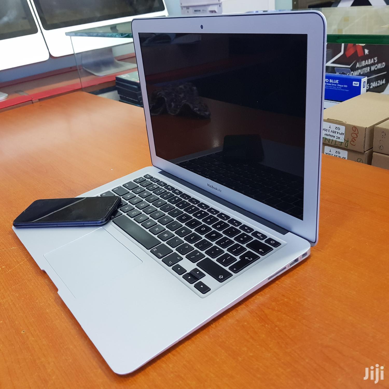 Apple Macbook Air 13 Inches 256 Gb Ssd Core I5 8 Gb Ram