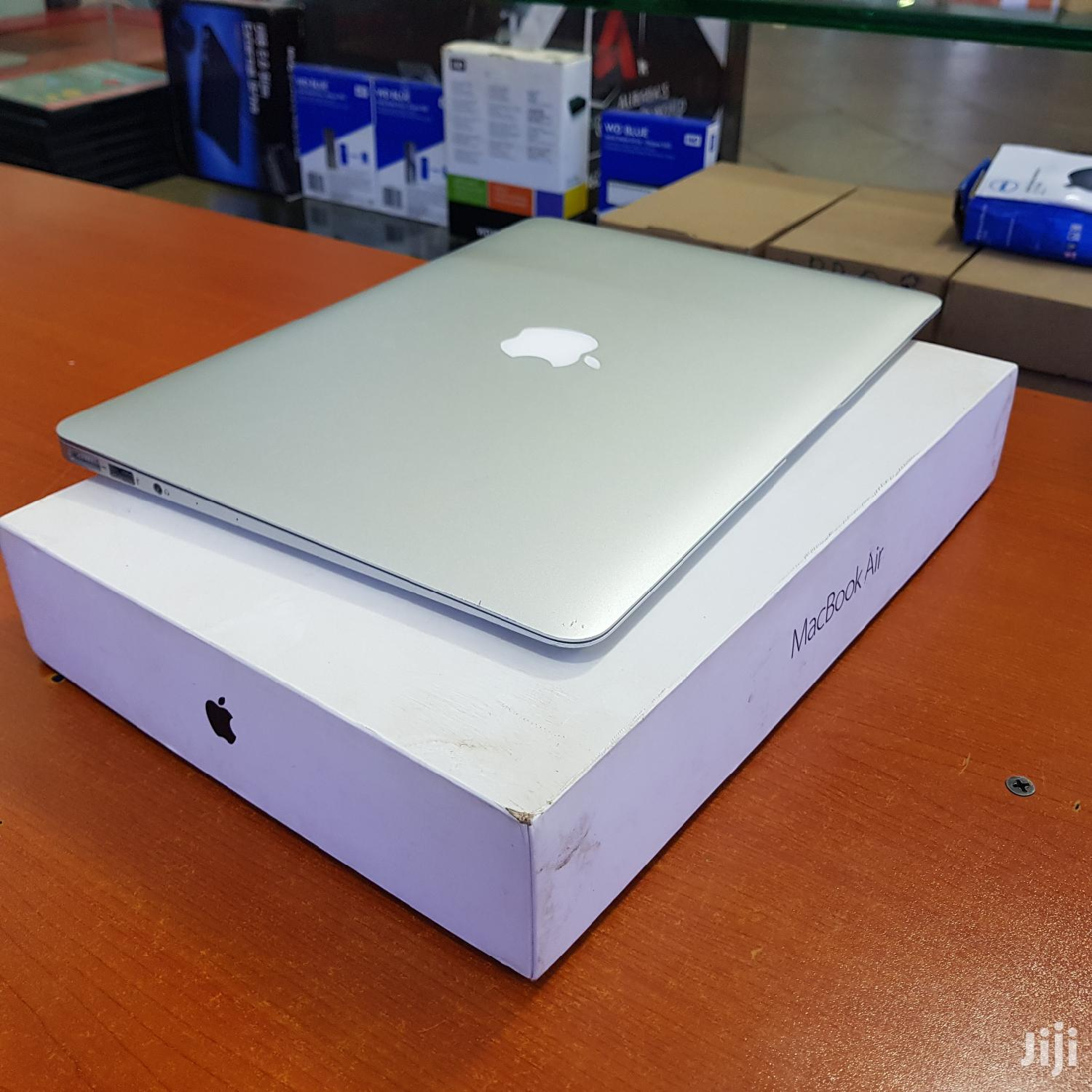 Apple Macbook Air 13 Inches 256 Gb Ssd Core I5 8 Gb Ram | Laptops & Computers for sale in Kampala, Central Region, Uganda