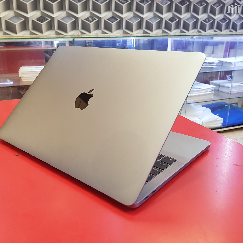 Apple MacBook Pro 13 Inches 256 Gb Ssd Core I5 16 Gb Ram
