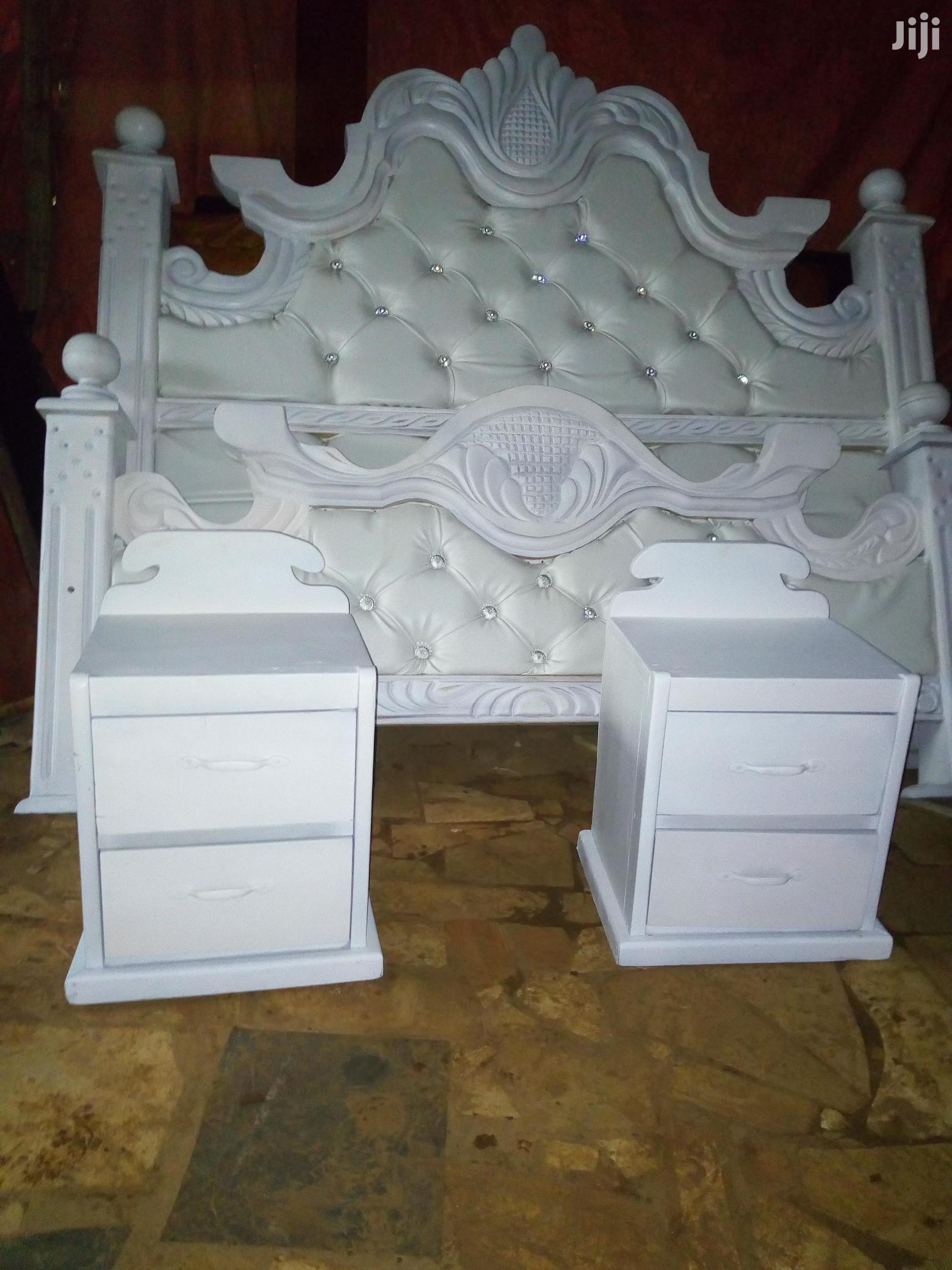Mega Bed 6by6 in Hard Timber White