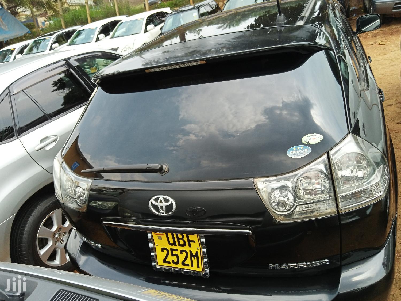 Toyota Harrier 2006 Black