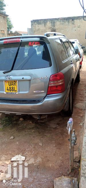 Toyota Kluger 2003 Gray | Cars for sale in Central Region, Kampala
