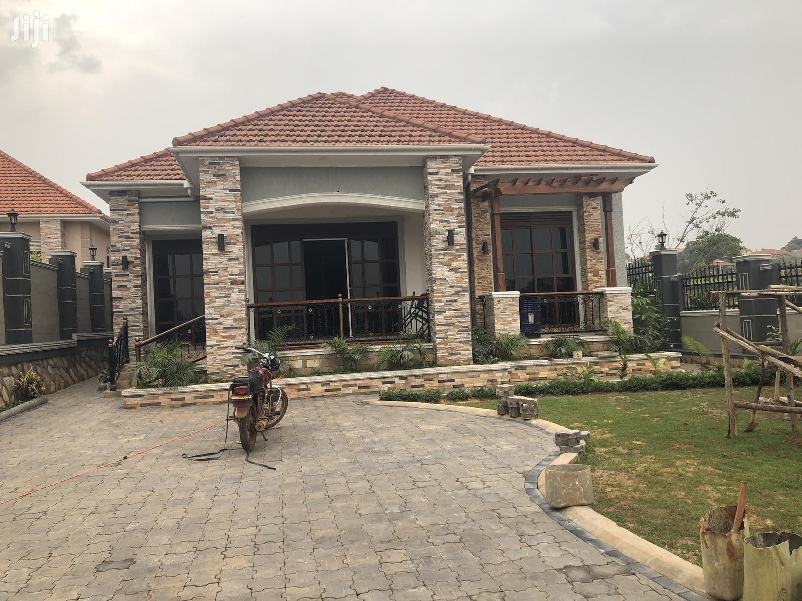 Beach Close House for Sale Kira With Ready Title   Houses & Apartments For Sale for sale in Kampala, Central Region, Uganda