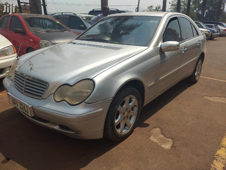 Mercedes-Benz C200 2004 Silver