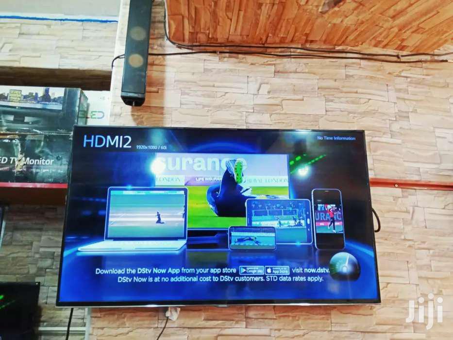Samsung Smart 50inches   TV & DVD Equipment for sale in Kampala, Central Region, Uganda