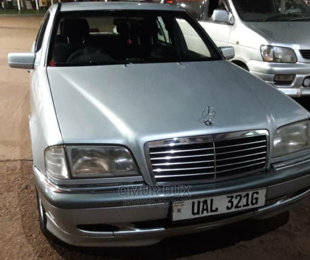 Archive: Mercedes-Benz C200 1997 Silver