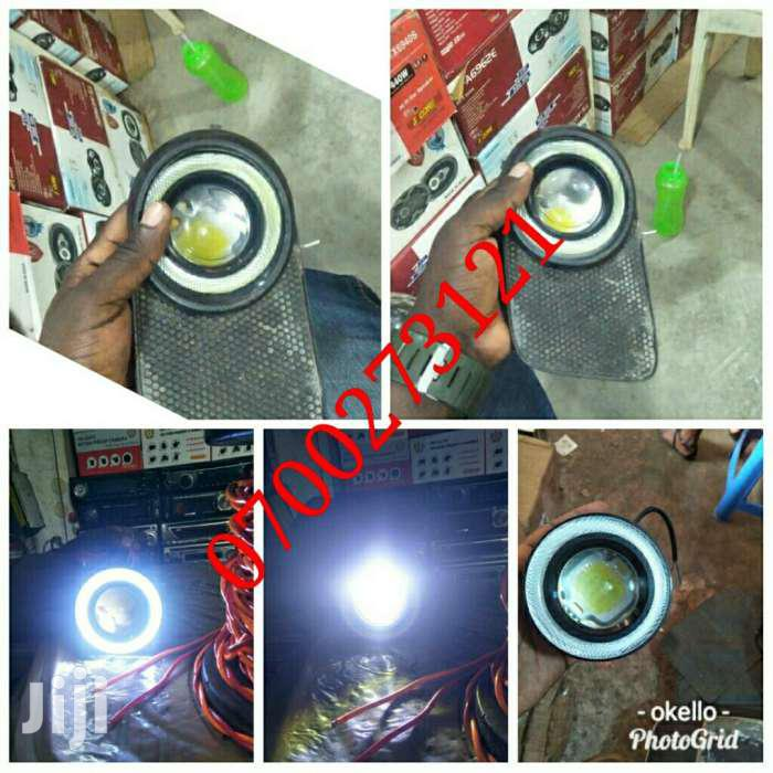 TOYOTA Wish Spot Light White