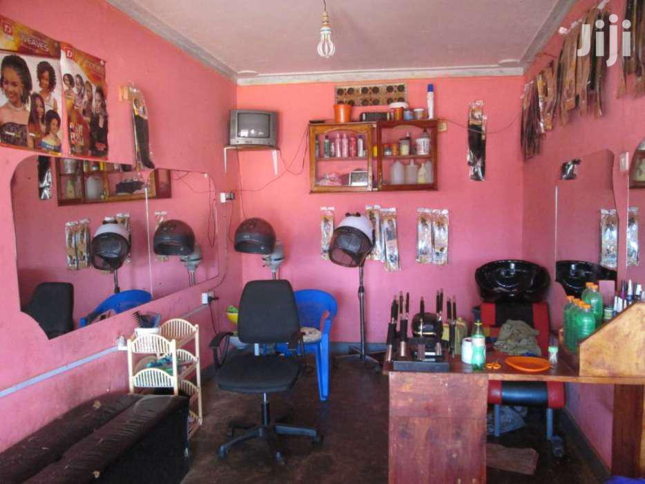 Unisex Salon In Kirinya Bweyogerere For Sale